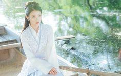 Scarlet Heart Ryeo is a Korean historical drama starring IU and Lee Joon Ki also based on the c-drama Bu Bu Jing Xin. Lee Seung Gi, Lee Joon, Korean Beauty, Asian Beauty, Scarlet Heart Ryeo Wallpaper, Hong Jong Hyun, Kang Haneul, Wang So, Lee Jun Ki