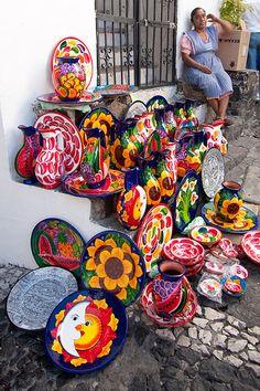 Taxco, Mexico | Enzo Figueres.  Capture the spirit of authentic Mexico at http://www.lafuente.com/Tile/Talavera-Tile/ mercado de artesania