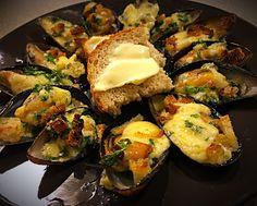 Bouillabaissea ja Kalasoppaa Avocado Egg, Sprouts, Zucchini, Seafood, Eggs, Vegetables, Breakfast, Sea Food, Morning Coffee