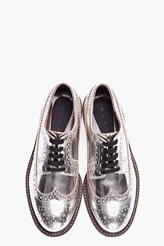 The brogue, derby & oxford Silver Brogues, Leather Brogues, Silver Shoes, Metallic Oxfords, Metallic Leather, Silver Rings, Zapatos Shoes, Men's Shoes, Dress Shoes