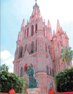 Pembe Kilise - San Miguel