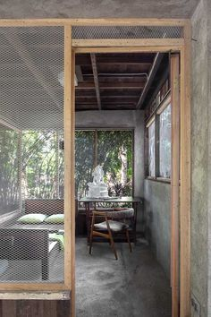 A Filipino Bahay Kubo With Modern Industrial Touches Bamboo House Design, Tropical House Design, Simple House Design, Tiny House Design, Tropical Houses, Modern House Design, Home Modern, Bar Design, Table Design