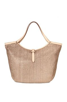 Get rid of all your excess baggage with this everyday tote. Your essentials now have a reliable and stylish home with this casual tote bag from Stella & Dot.