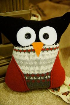 recycle sweater pillow owl