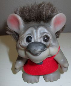 """RARE Vintage Dam 5"""" Gray Mouse w/ croocked smile"""