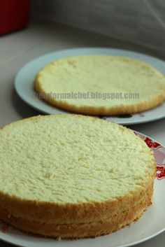 The Informal Chef: Basic Sponge Cake II 海绵蛋糕 2 This sponge was the base for my strawberry birthday cake. It was the perfect base, soft and fluffy but at the same time held together well. I simply love this sponge. This is now my new go to vanilla sponge for decorated cakes. Yum! yum!