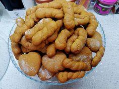Κουλουράκια υπέροχα !!!! ~ ΜΑΓΕΙΡΙΚΗ ΚΑΙ ΣΥΝΤΑΓΕΣ 2 Sweet Tooth, Deserts, Food And Drink, Cookies, Oreos, Crack Crackers, Desserts, Biscuits, Cookie Recipes