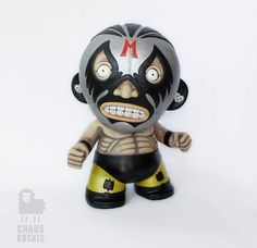 Custom mega munny by Chauskoskis Robots For Kids, Toy Art, Vinyl Dolls, Professional Wrestling, Designer Toys, Toy Boxes, Bobble Head, Figurative Art, Pet Toys