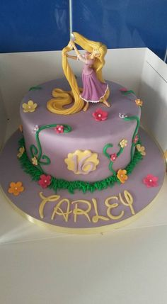 Rapunzel cake Sofia Birthday Cake, Rapunzel Birthday Cake, Minnie Birthday, 3rd Birthday, Rapunzel Torte, Little Girl Cakes, Beautiful Birthday Cakes, Fondant, Celebration Cakes