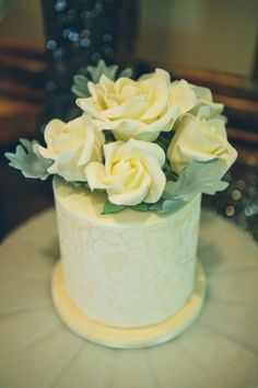Cake: LoveBirds Sweets   Todd White Photography