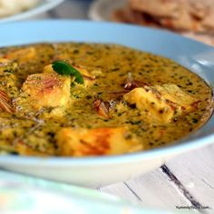 Lasooni Methi Paneer | Indian Garlic Curry with Paneer -This recipe is real quick to do and tastes delicious. When you are too lazy to cook a fancy meal but your tastebuds are not willing to settle on anything less, give this one a try. You can make it with pretty much anything that you have in the pantry. I did not have tomatoes, green chilies, coconut milk & paneer when I cooked this. I used amchur, red chili powder, milk, and ricotta cheese respectively. It still turned out great…