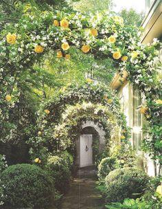 Classic Style: Interior designers dreamhouse
