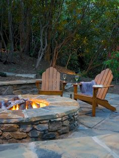 Easy and Cheap Fire Pit and Backyard Landscaping Ideas (33)