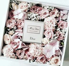 See more ideas about Dior flowers, Dior purses and Dior. Deco Floral, Arte Floral, Floral Design, Flower Box Gift, Flower Boxes, Flores Dior, Fresh Flowers, Beautiful Flowers, Dior Flowers
