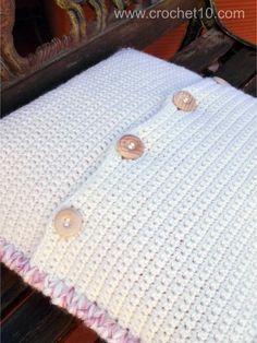 CROCHET10 - cojin de ganchillo 03 - patrón gratis Crochet Cushion Cover, Crochet Cushions, Cushion Covers, Birthday Wishes For Son, Crochet Stitches For Blankets, Virtuous Woman, Crochet Pillow, Drops Design, Kids And Parenting