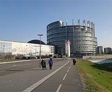Pollution à l'amiante au Parlement européen à Strasbourg : prison et amende avec sursis requis