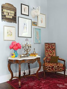 Use vintage treasures to decorate the rooms in your house! These fun DIY projects are certain to infuse any space with character. With a little design help, wall art and color inspiration, you can easily replicate any of these shabby chic ideas.
