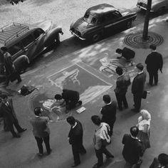 Robert Doisneau // Paris, Street Scene, Street Art, Painting On Pavement, 1960s.