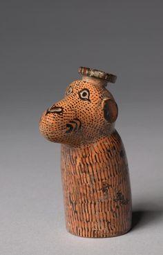 サルの形の香水瓶。これはなんだろう。なんともいえない、へにゃっとしたかわいさ・・・ 紀元前580年頃、ギリシャ、Cleveland Museum of Art
