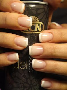 Discover new and inspirational nail art for your short nail designs. Learn with step by step instructions and recreate these designs in your very own home. French Gel, French Tip Nails, White French Nails, French Manicures, Short Nail Designs, Nail Art Designs, Lcn Nails, Nail Nail, Nail Polish