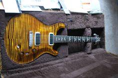 2013 PRS Pauls Guitar Yellow Tiger Artist grade top, Brazilian board