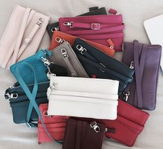 minibag the crossbodywallet Big Bags, Small Handbags, Clutch, Elegant, Jeans Fit, Mini Bag, All In One, Wallet, How To Wear