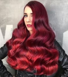 Wavy hair is a classic look that never goes out of style. In this gallery, we have compiled a list of the swankiest long wavy hairstyles. They will definitely inspire you to get your own haircut. Pulp Riot Hair Color, Vivid Hair Color, Bright Red Hair, Colorful Hair, Long Wavy Hair, Big Hair, Hot Hair Styles, Natural Hair Styles, Red Hair Pictures