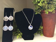 Tiered of everyday jewelry? Try this line out, you change only the button in the center.