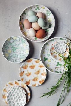 ceramic plates by carolina silva | links to where to purchase