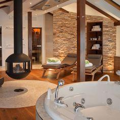Bathroom Decor spa Privater Wellnessbereich im Dac - bathroomdecor Spa Design, Spa Interior Design, House Design, Saunas, Jacuzzi, Home Spa Room, Hot Tub Room, Sauna Room, Relaxation Room