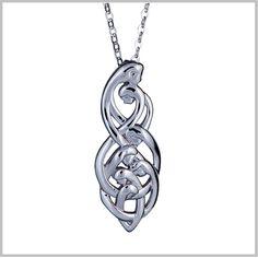 Celtic+Family+Knot+Pendant+:+Family+of+Seven