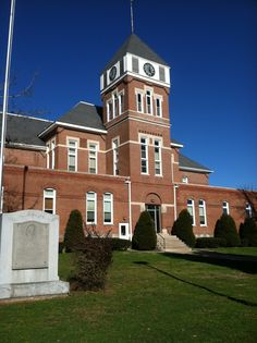 Wayne County Courthouse, Fairfield Illinois -My Hometown if I have to name one.