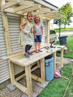 Family project... potting bench with garbage can enclosure! {Reality Daydream}