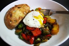 Easy Veggie Hash | The Hungry Girlfriend