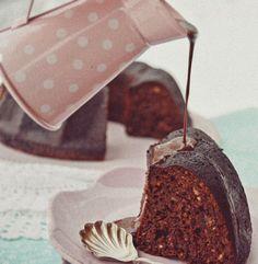 Datolyás gyömbéres kuglóf csokiszósszal :: Paleország :: Recepttár
