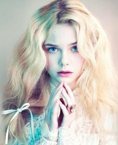 Image about model in elle fanning by Applebed Pretty People, Beautiful People, Sublime Creature, Dakota And Elle Fanning, Foto Art, Pretty Face, Character Inspiration, Portrait Photography, Hair Beauty