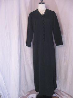 Vintage Black Polyester Knit Dress by Leslie by jonscreations
