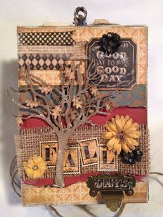 A look at the cover of Denise Johnson's great Fall accordion keepsake album! #graphic45