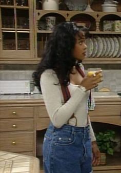 8 Ashley Banks Inspired Looks For Autumn - UK - - These Ashley Banks inspired looks are going to be perfect for fall this year! Get ready for autumn with these great Fresh Prince styles! Black 90s Fashion, Fashion 90s, Look Fashion, Fashion Outfits, Grunge Outfits, Street Fashion, Stylish Outfits, Autumn Fashion, Black Girl Aesthetic