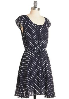 Always up for a 'grandstand' outing, you've donned this airy, polka-dotted dress for a Louisville road trip with friends! Stroll from one landmark to the next in this navy-blue frock, which showcases ivory dots atop its belted, short-sleeved silhouette, and you'll be feeling like a champion of charm.