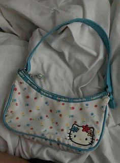 Source by Outfits Aesthetic Bags, Aesthetic Backpack, Hello Kitty Purse, Hello Kitty Clothes, Estilo Indie, Doja Cat, Cute Purses, Trendy Purses, Mini Purse