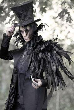 DIY Raven Halloween Costume Idea