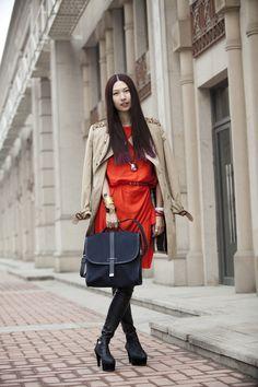 Stylist Li Hui with the Tommy Ton for Club Monaco messenger bag.
