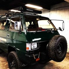 Motorhome, Mitsubishi Cars, 4x4 Van, Cafe Racing, Cool Vans, Car Mods, Van Camping, Mini Trucks, Car Travel