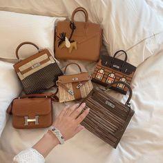 "LeckerGarnet on Instagram: ""Choose only ☝️ one 🥰🎉"" Louis Vuitton Speedy Bag, Louis Vuitton Damier, Types Of Bag, Hermes Kelly, Purses, Instagram Posts, Originals, Handbags, Jewerly"
