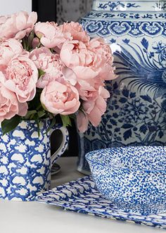 Gorgeous Tory Burch Dinnerware http://rstyle.me/n/m67i2nyg6