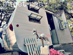 Sweet Pea vintage camper |Pinned from PinTo for iPad|