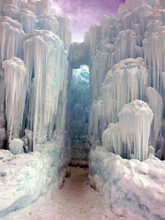 Winter snow: Midway Ice Castles Utah 36 Incredible Places That Nature Has Created For Your Eyes Only Ice Castles, Famous Castles, Photos Voyages, Winter Scenes, Oh The Places You'll Go, Amazing Nature, Travel Usa, Luxury Travel, Beautiful Landscapes