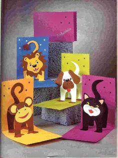 Pop up animal cards Pop Up Art, Kirigami, Kids Crafts, Birthday Card Pop Up, Birthday Cards For Kids, Kids Birthday Crafts, Birthday Board, Paper Art, Paper Crafts