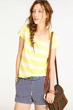 Looking for cute ways to dress up your staple striped shirt? We have 6, including this cute mixed stripe look.